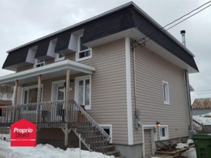 9676895 - Maison à étages à vendre