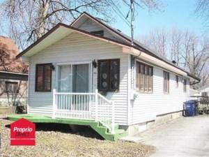 28536596 - Maison à étages à vendre