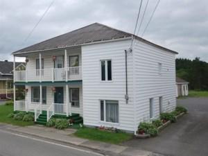 18182389 - Maison à étages à vendre