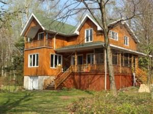 18628195 - Maison à étages à vendre