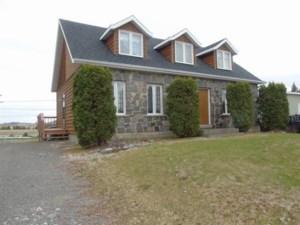 20024064 - Maison à 1 étage et demi à vendre