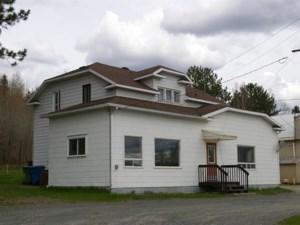 18813434 - Maison à étages à vendre