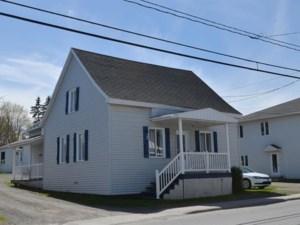19297238 - Maison à 1 étage et demi à vendre