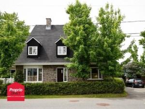 27497557 - Maison à étages à vendre