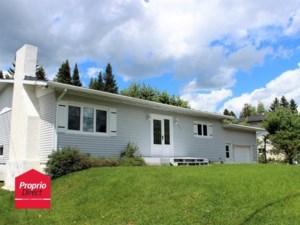 13282196 - Maison à étages à vendre
