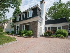 24088640 - Maison à étages à vendre