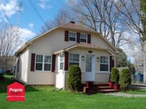 12161394 - Maison à étages à vendre