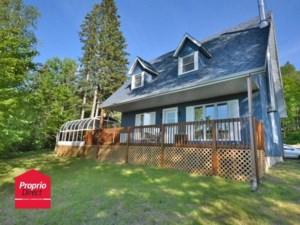 21147516 - Maison à étages à vendre