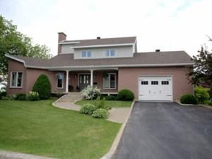 15262485 - Maison à étages à vendre