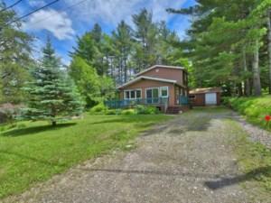 20849911 - Maison à étages à vendre