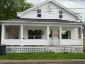 20481031 - Maison à étages à vendre