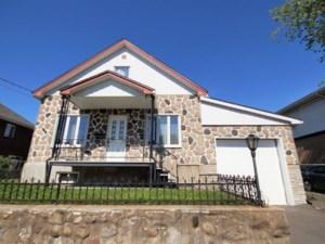 11146955 - Maison à étages à vendre