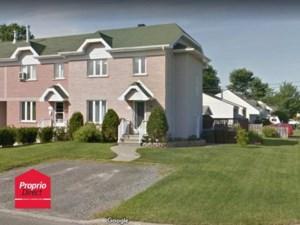 11747504 - Maison à étages à vendre