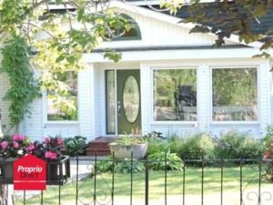 25794597 - Maison à étages à vendre