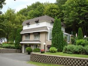 9581108 - Maison à étages à vendre