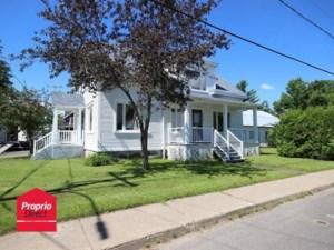 23335158 - Maison à étages à vendre