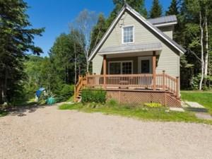 15530241 - Maison à étages à vendre