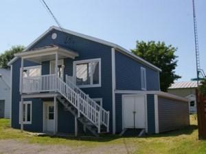 25630527 - Maison à étages à vendre