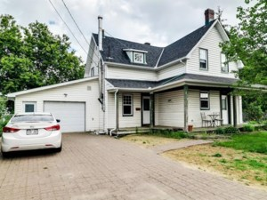 28008678 - Maison à étages à vendre