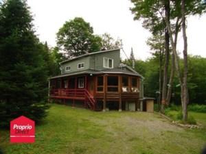 20202671 - Maison à étages à vendre