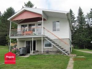 17133377 - Maison à étages à vendre