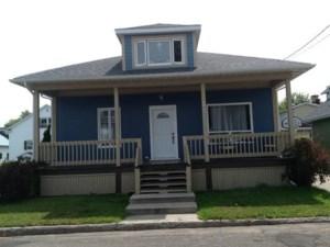 18442600 - Maison à 1 étage et demi à vendre