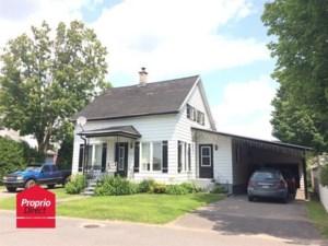 23842061 - Maison à étages à vendre