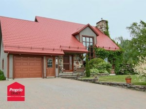 28539344 - Maison à étages à vendre