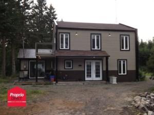 18346334 - Maison à étages à vendre