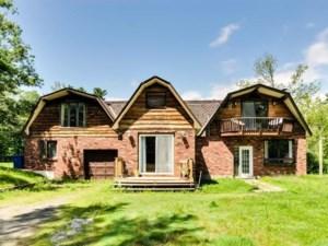 10310692 - Maison à étages à vendre