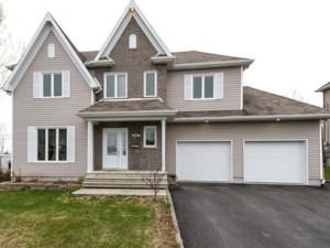 18359291 - Maison à étages à vendre