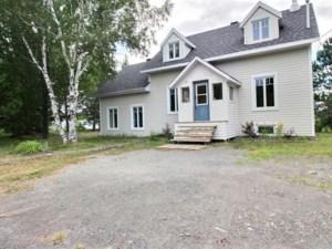 23306289 - Maison à 1 étage et demi à vendre