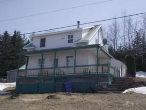 25103280 - Maison à étages à vendre