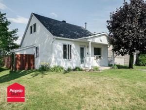 20361809 - Maison à étages à vendre