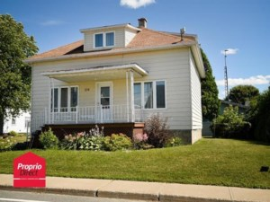 20350719 - Maison à 1 étage et demi à vendre