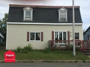 11735197 - Maison à étages à vendre