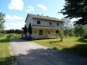 14193988 - Maison à étages à vendre