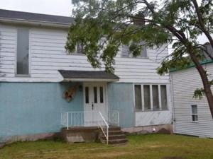 19868423 - Maison à étages à vendre