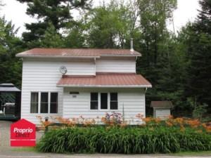 22252164 - Maison à étages à vendre