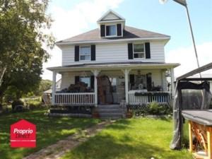 10650033 - Maison à étages à vendre