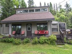 22045706 - Maison à étages à vendre