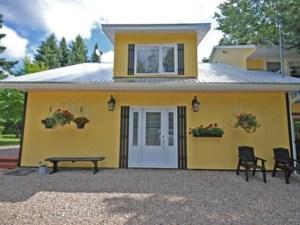 21435454 - Maison à étages à vendre