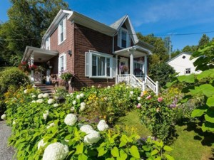 19553823 - Maison à étages à vendre