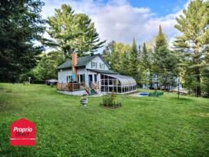 26856016 - Maison à étages à vendre