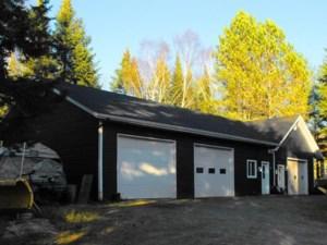 15109278 - Maison à étages à vendre