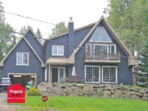 18164943 - Maison à étages à vendre