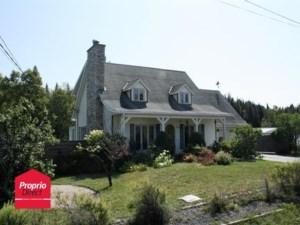 10592154 - Maison à étages à vendre