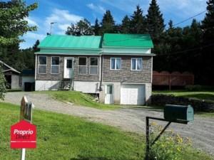 11641352 - Maison à étages à vendre