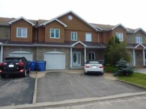 25134332 - Maison à étages à vendre