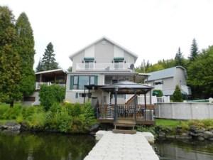 26339358 - Maison à étages à vendre